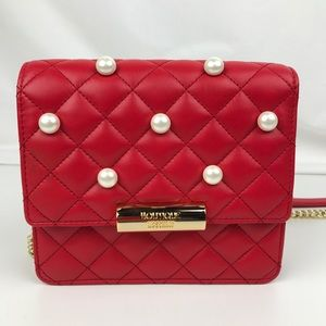 Boutique Moschino - Quilting and Pearls Crossbody